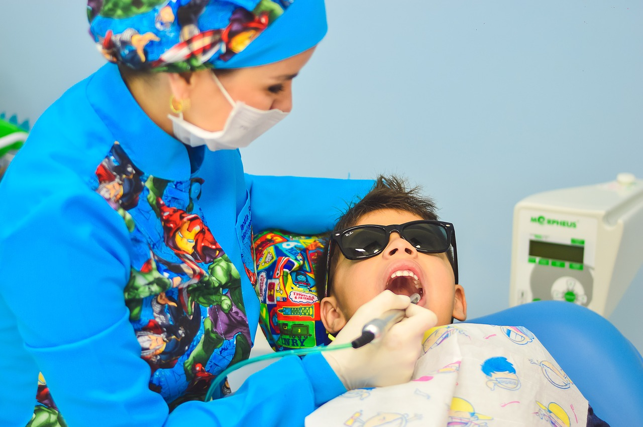 First dental appointment for kids