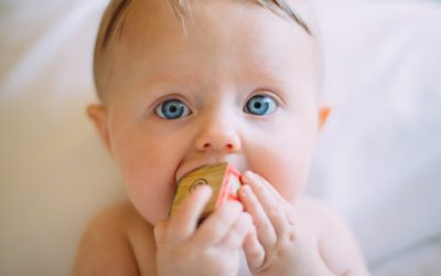 10 Signs that Your Baby is Teething (Part 1)